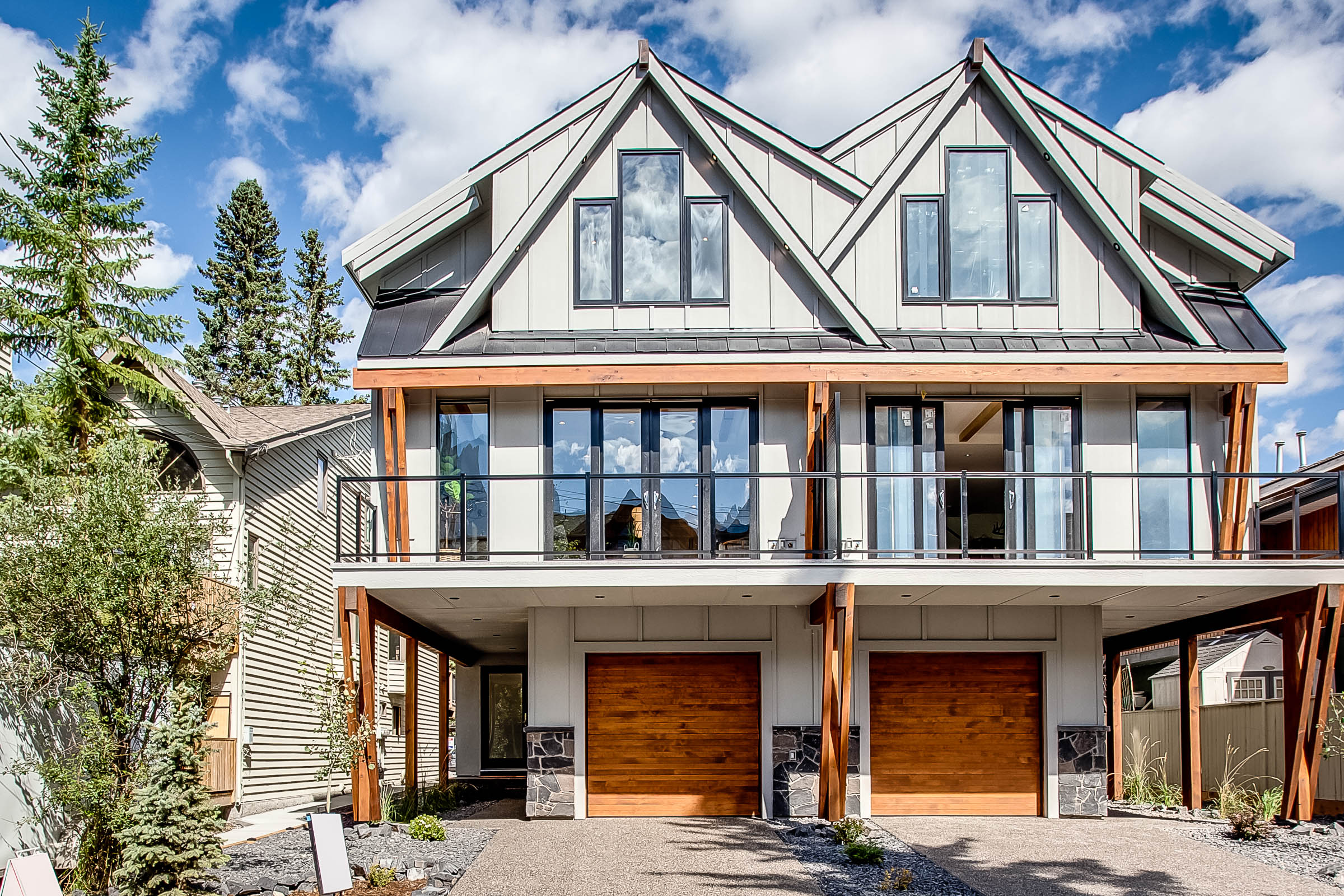 2 805 5 St Canmore-1